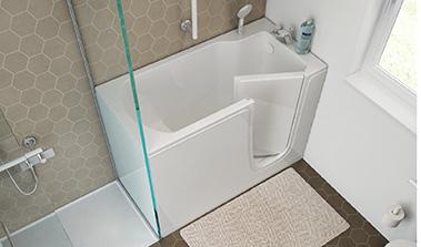 Bañera de diseño con puerta